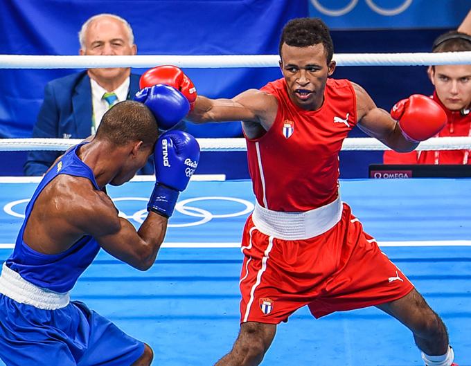 Cuatro cubanos en segunda semifinal del Mundial de Boxeo