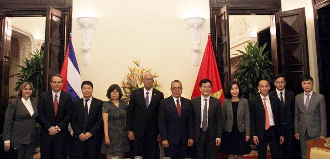 Fructíferas las consultas políticas, coinciden Vietnam y Cuba