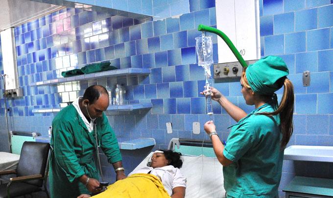 Resaltan papel de la enfermería en Cuba