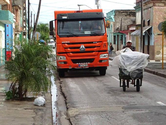 Realizan labores de higienización en Granma tras el paso de Irma (+ fotos y videos)