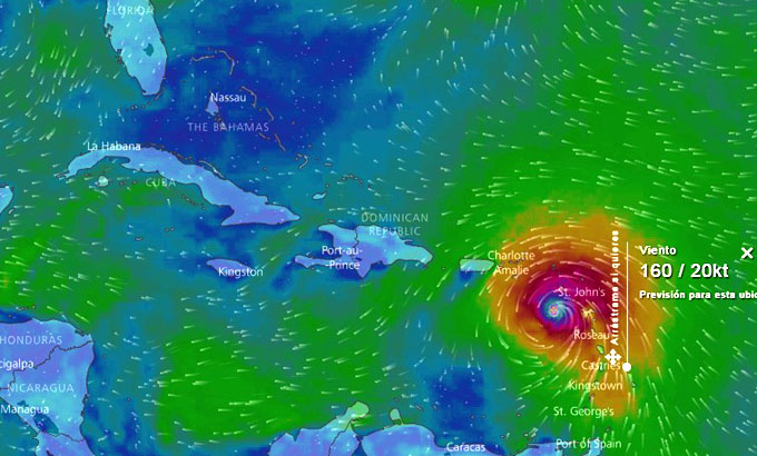 Huracán María recupera categoría 5 (+ fotos)