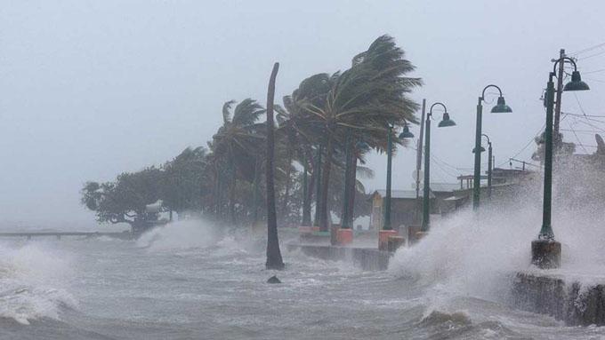 Irma continúa su paso por el Caribe y deja 14 muertos (+ video)