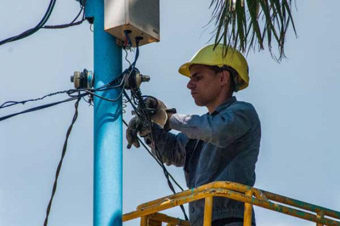 Listas brigadas mixtas de Las Tunas para recuperar electricidad