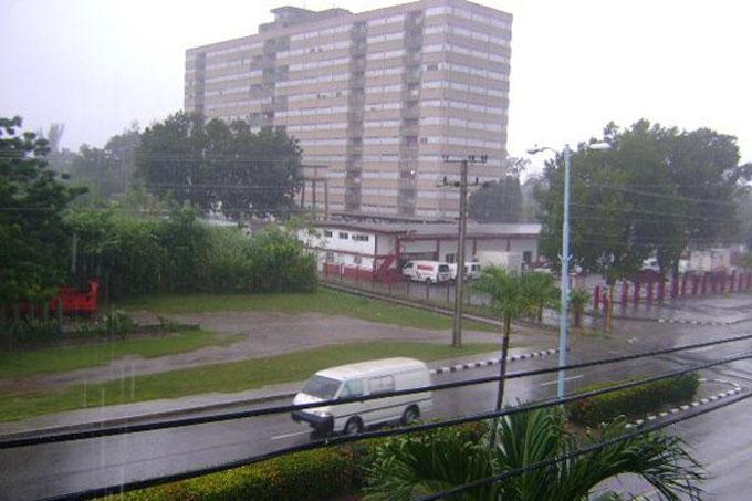 Reportan lluvias y vientos en Las Tunas, previo a paso de Irma (+ fotos)