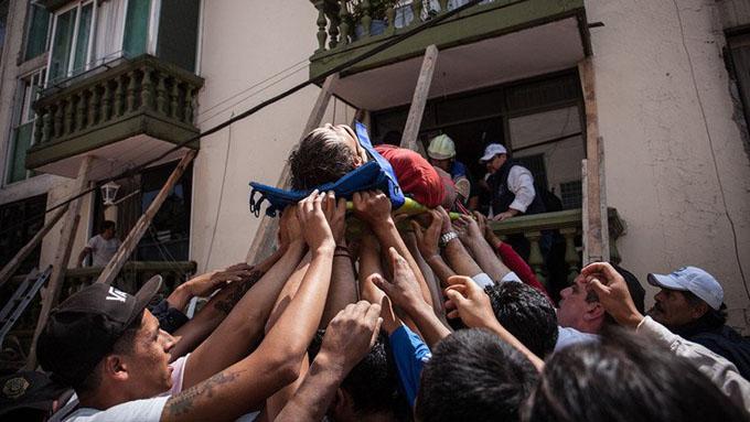 México: Van 245 muertos tras terremoto de magnitud 7.1 (+ fotos y videos)