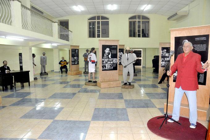 Aumentan visitantes extranjeros en museo de cera