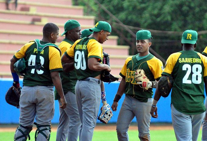 Líder Pinar por superar pequeño bache en béisbol cubano