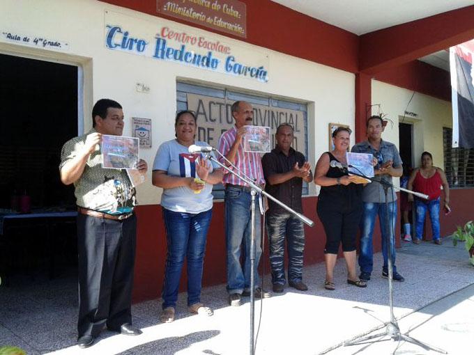 Premio del barrio para la escuela Ciro Redondo (+ fotos)
