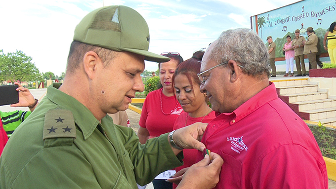 Celebran aniversario 46 del Sindicato de Trabajadores Civiles de la Defensa