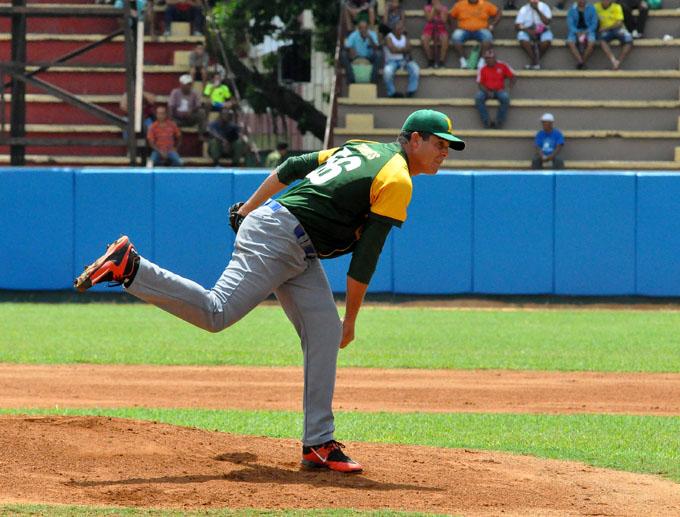 Béisbol cubano: Pinar como si viera los toros desde la barrera (+ audio y video)