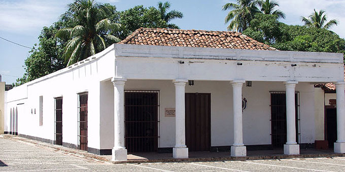 Recobra su esplendor Casa de la Nacionalidad Cubana