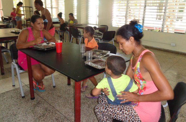Mantienen vitalidad servicios hospitalarios en Manzanillo