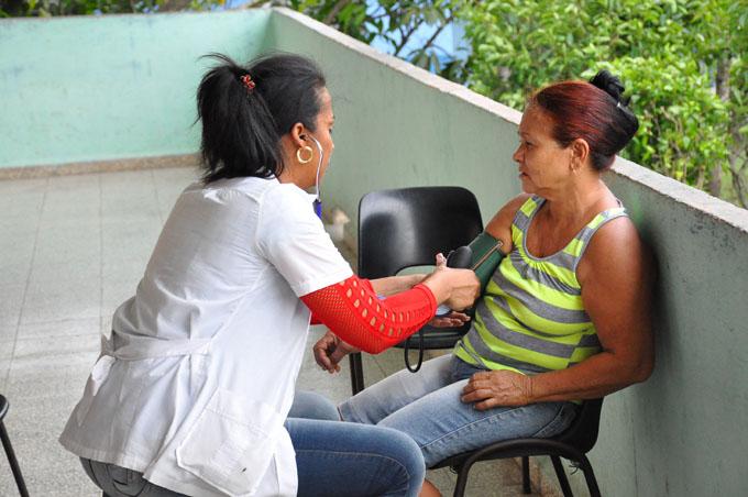 Rápida respuesta ante inundaciones en Río Cauto (+ Fotos)