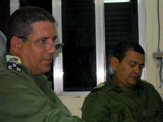 Orientan vigilar zonas bajas de Manzanillo