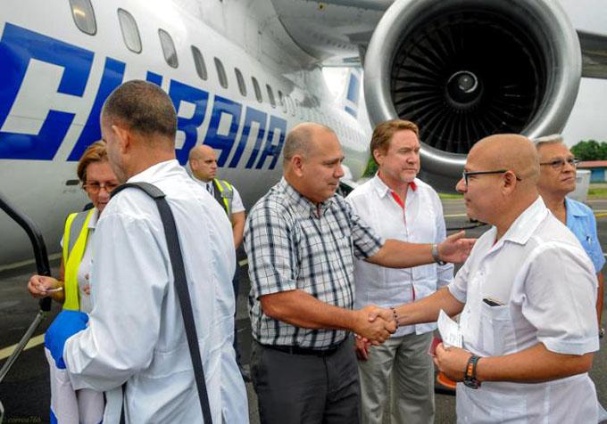 Brigada médica cubana partió a México en misión solidaria
