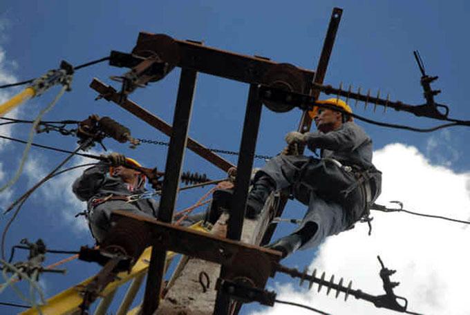 Cuba: restablecido 87 por ciento del servicio eléctrico tras huracán