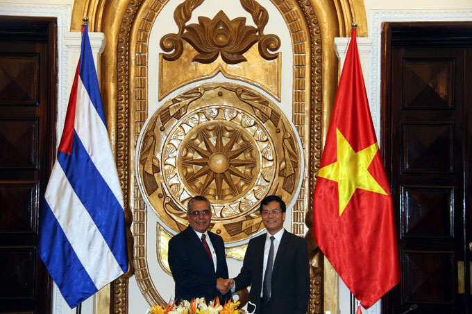 Sintonía Cuba-Vietnam en ronda de consultas políticas