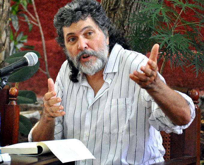 Presentan libro de Abel Prieto en la Fiesta de la Cubanía (+ fotos)