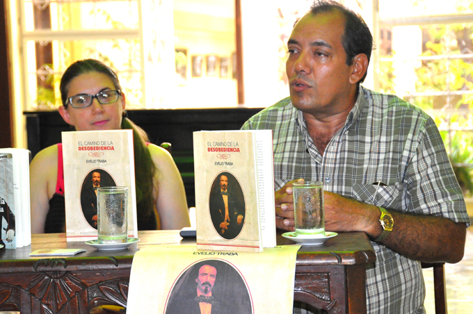 Presentan novela sobre Carlos Manuel de Céspedes (+ fotos y video)