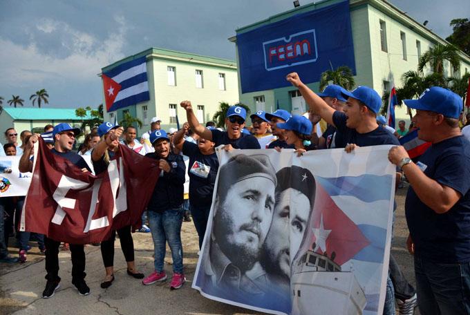 Delegados al Festival salen hoy con Cuba en letras mayúsculas (+ fotos)