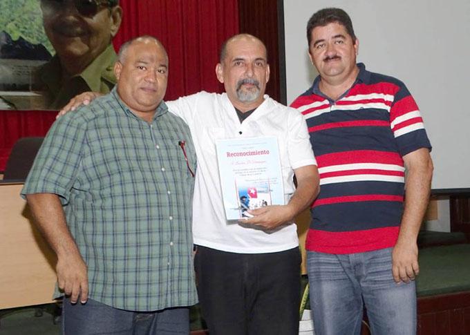 Distinguen a instituciones granmenses por desarrollo exitoso de la Fiesta de la Cubanía (+ fotos)