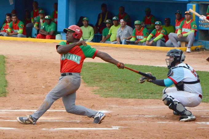 Las Tunas busca barrida y consolidar liderato en beisbol cubano