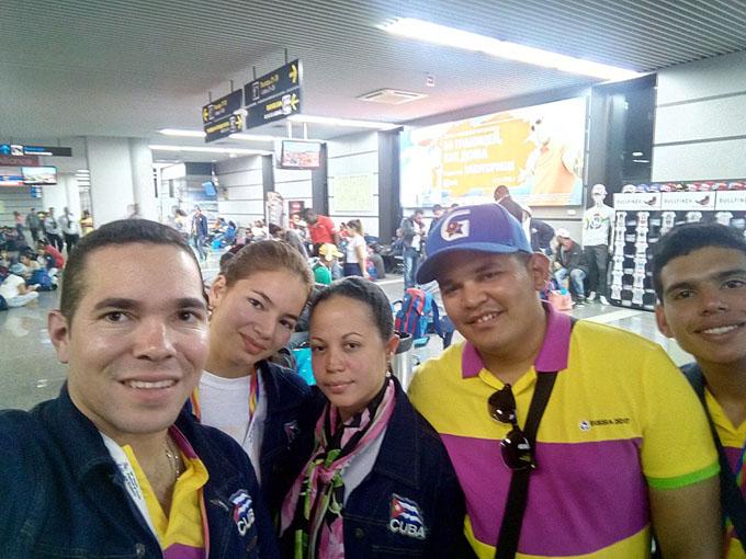 Regresó a Cuba delegación participante en festival juvenil en Sochi (+ fotos y video)