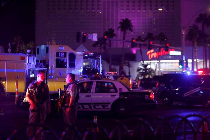 Tiroteo en Las Vegas, el más mortífero de la historia estadounidense ( + fotos y videos)