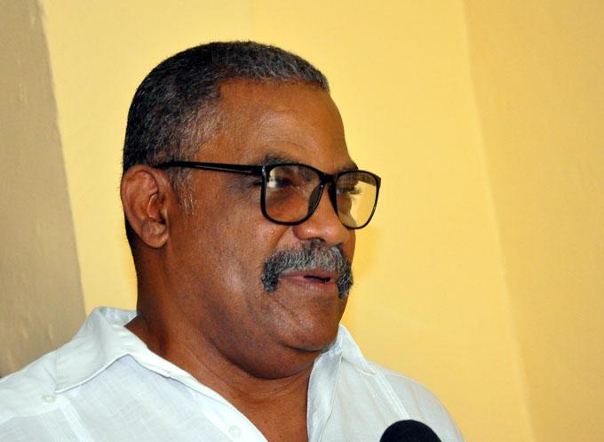 Recibe presidente namibio a titular Tribunal Supremo Popular de Cuba