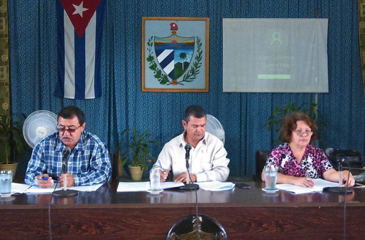 Preparación de profesores en debate gubernamental