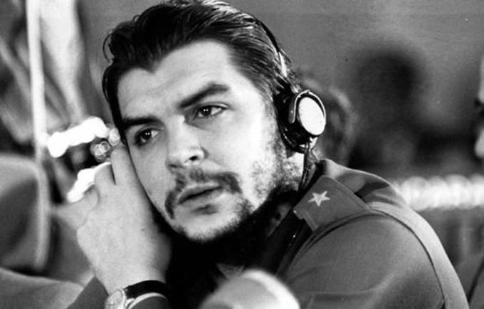 El Che, maestro en medio de la guerra