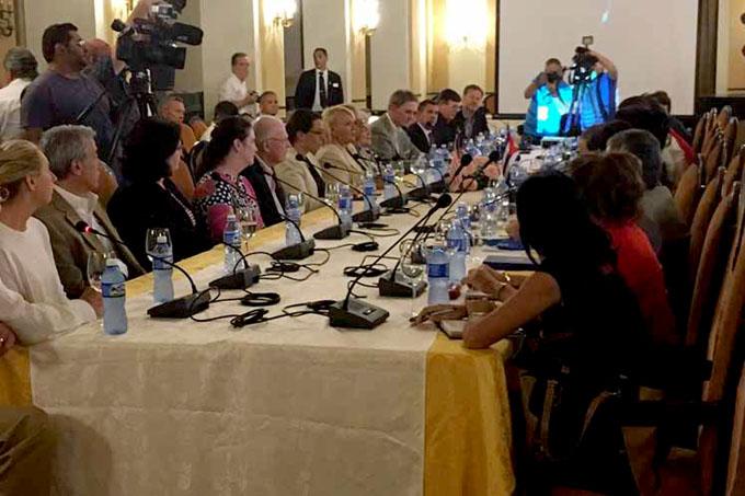 Delegación estadounidense recorre zona económica cubana
