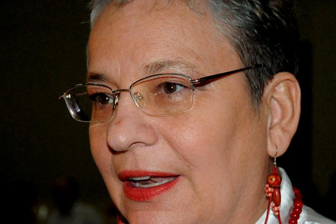 Valora funcionaria de la Unesco oportunidades de jóvenes en Cuba