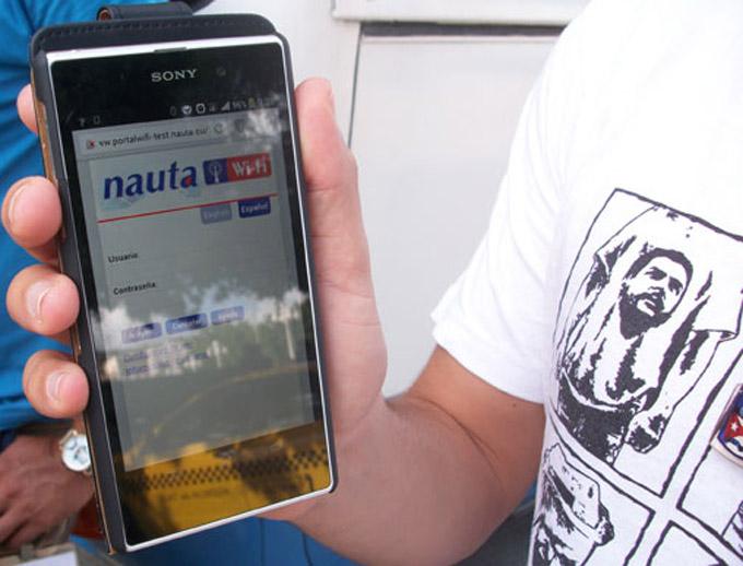 Etecsa rebaja desde este lunes tarifa de navegación en Internet