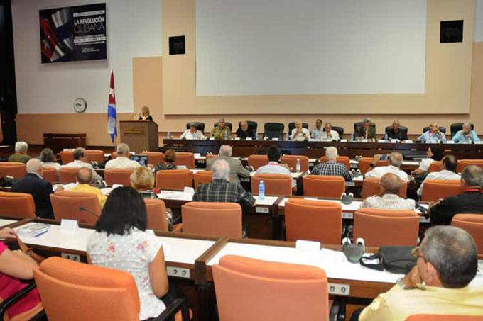 Concluye en Cuba evento internacional sobre la Revolución