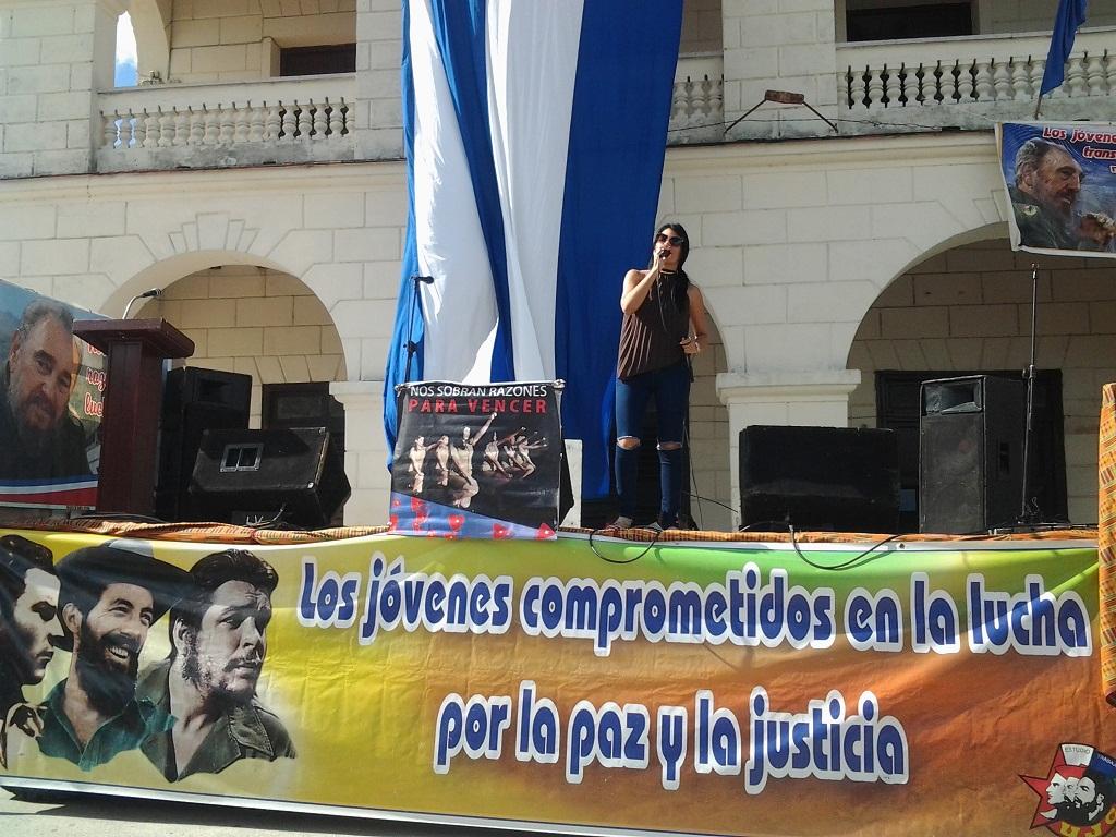 Homenaje a Fidel centra celebración por el Día del estudiante