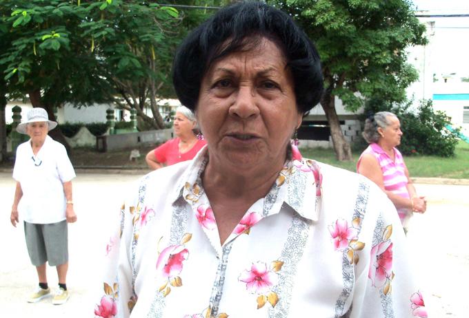 Recibe pedagoga de Bayamo premio Gloria Guerra Menchero (+audios)
