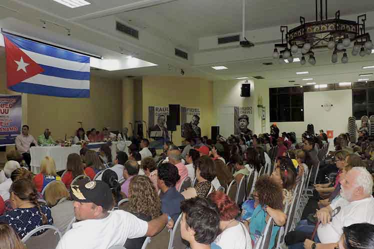 Impactante acto de solidaridad con Cuba en Colombia (+fotos)