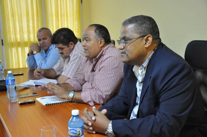 Concluyó reunión nacional de Presidentes de Tribunales Populares del país