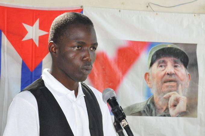 Dedicado a Fidel espacio En nombre de la paz (+audio y fotos)
