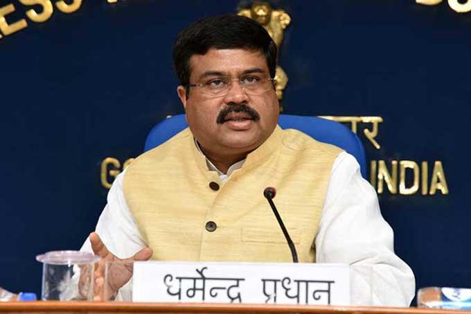 Ministro indio aboga por impulsar una política energética integral