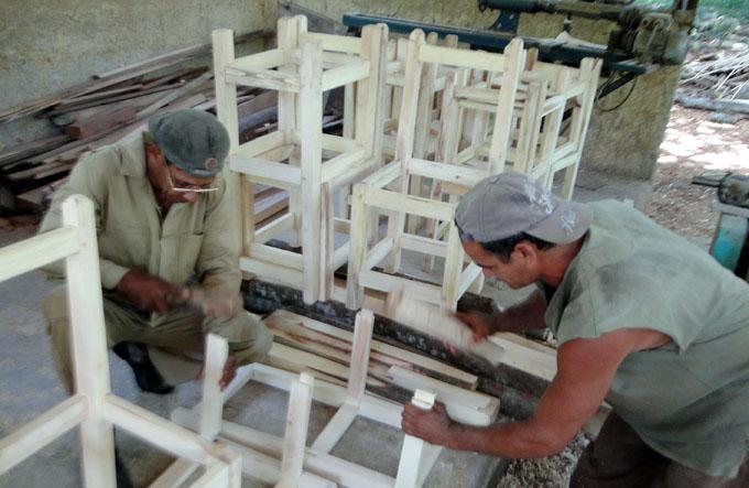 Recibió Empresa de Dione, Artesanía e Industrias la condición Colectivo Victoria