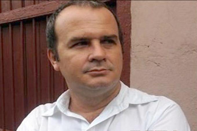 Escritor cubano gana premio internacional de poesía caribeña