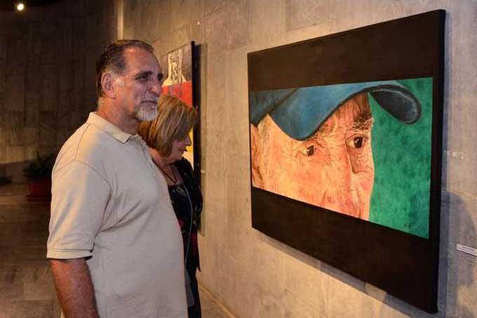 Inauguran exposición Semblanza, en homenaje a Fidel Castro (+Fotos)