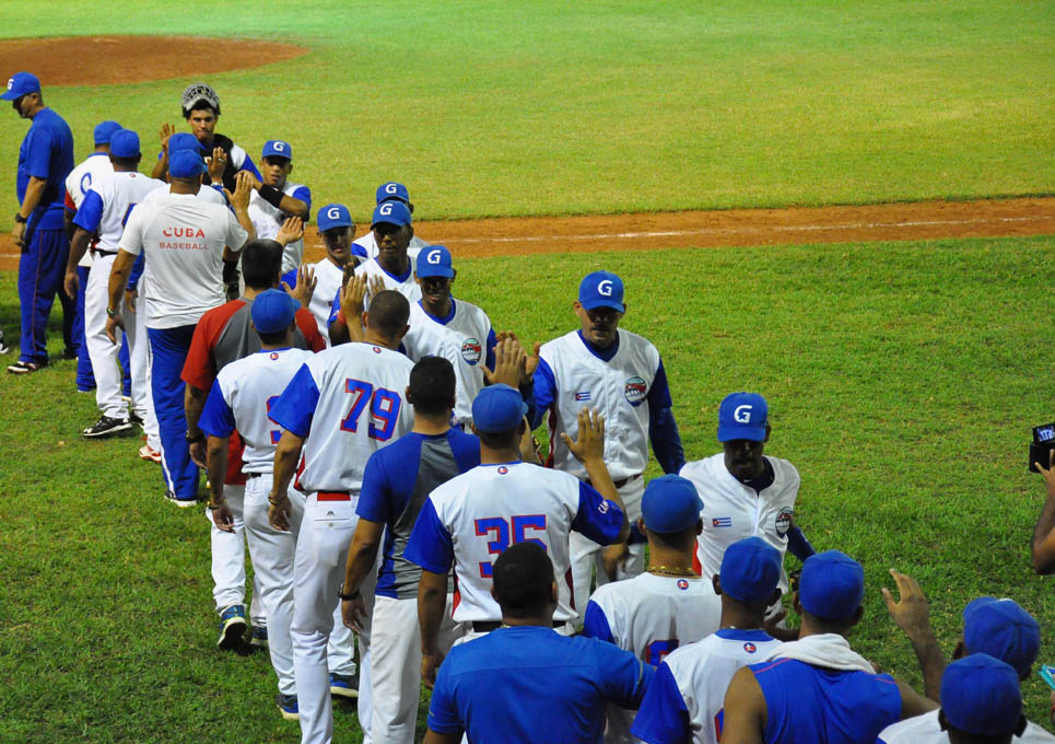 Alazanes conservan su invicto en segunda fase del béisbol cubano