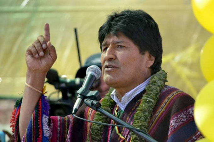 Evo Morales condena criminal bloqueo de EE.UU. a Cuba