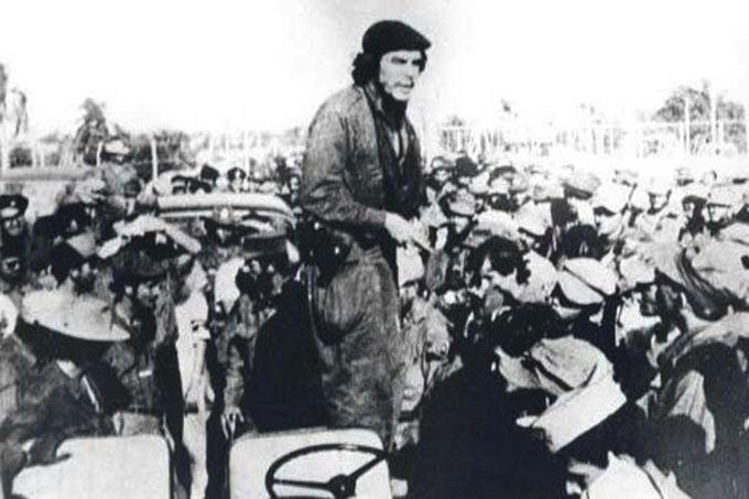 Cuba: Tras las historias del Che en Fomento