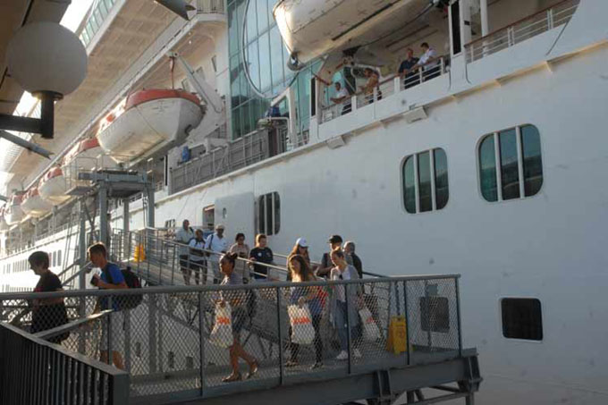 Turoperadores estadounidenses siguen industria cubana de viajes