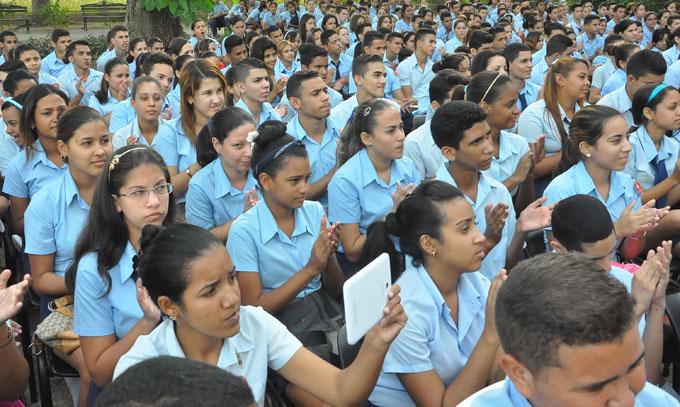 Entregarán a estudiantes granmenses el sello Panchito Gómez Toro