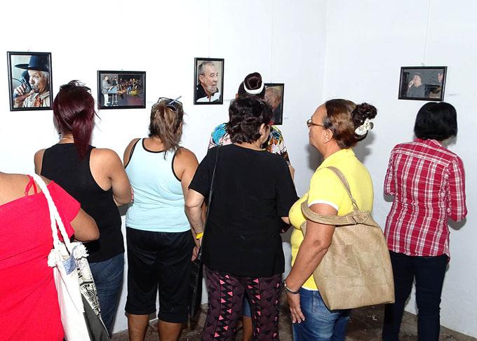 Abre exposición fotográfica IX edición del evento Santa Cecilia (+ fotos)